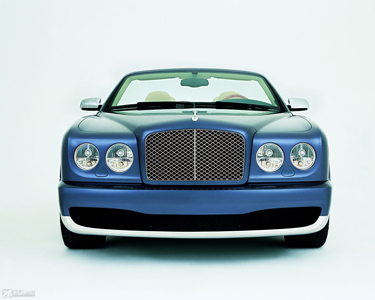 bentley-azure-1280x1024-1