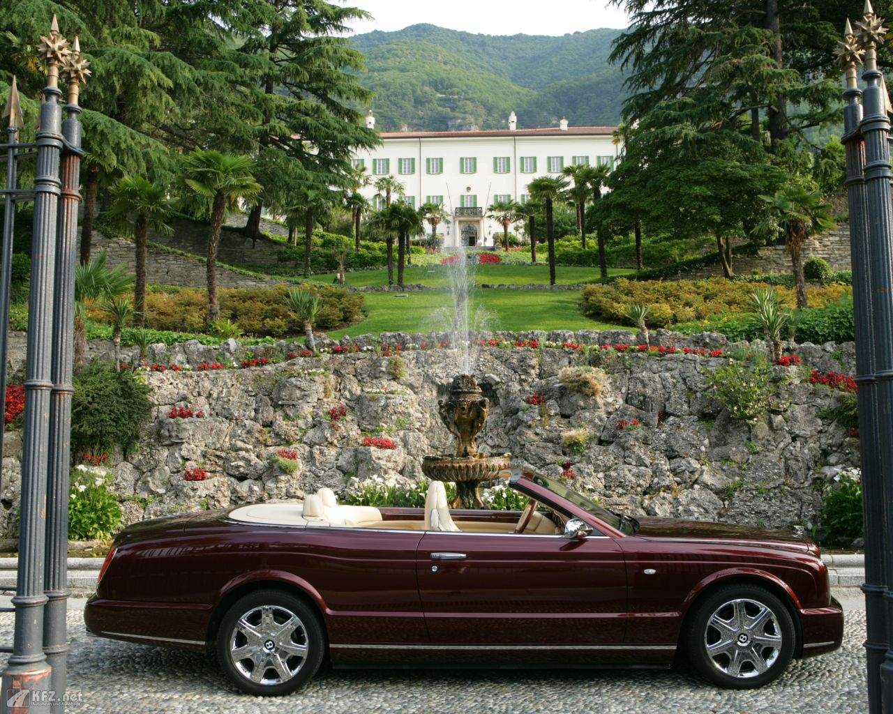 bentley-azure-1280x1024-15
