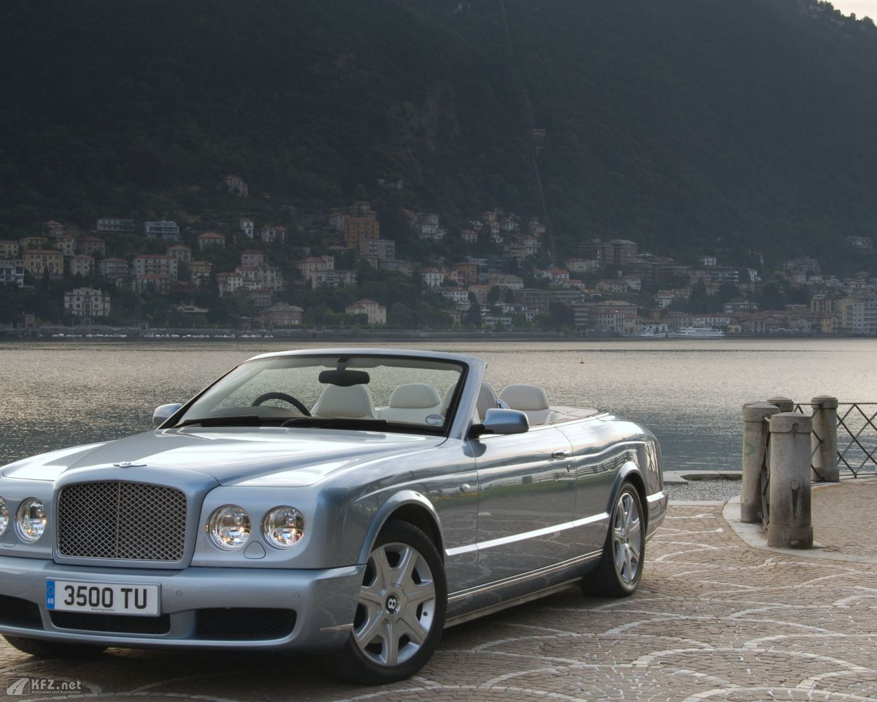 bentley-azure-1280x1024-17