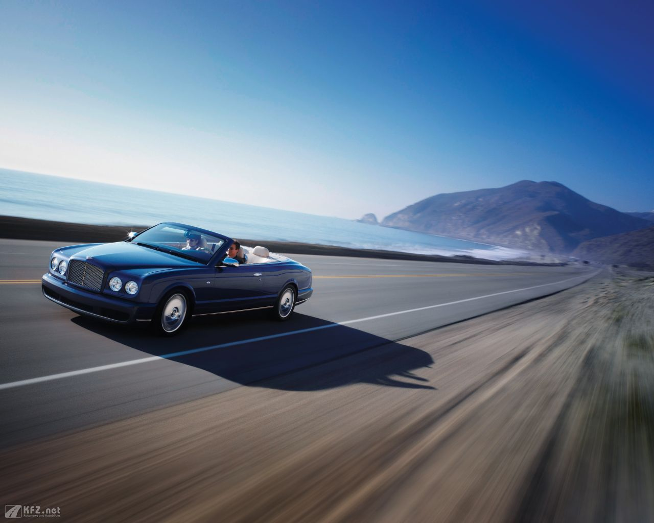 bentley-azure-1280x1024-5