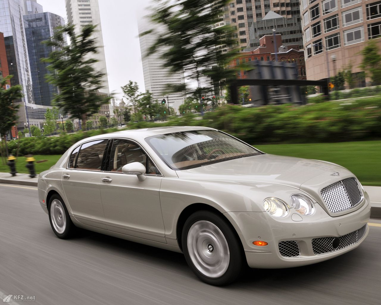 bentley-continental-1280x1024-11