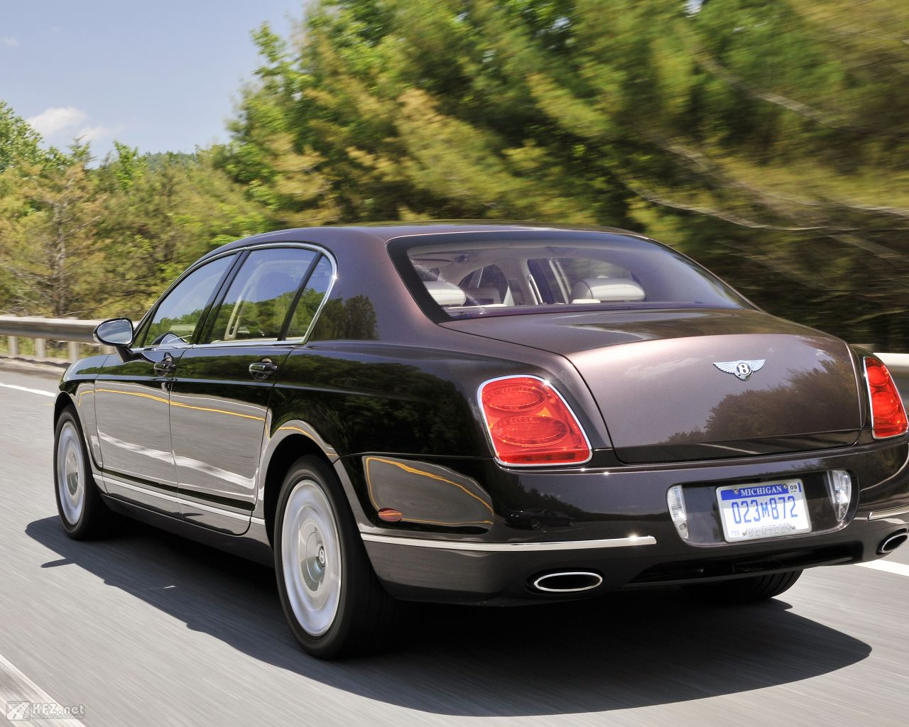 bentley-continental-1280x1024-15