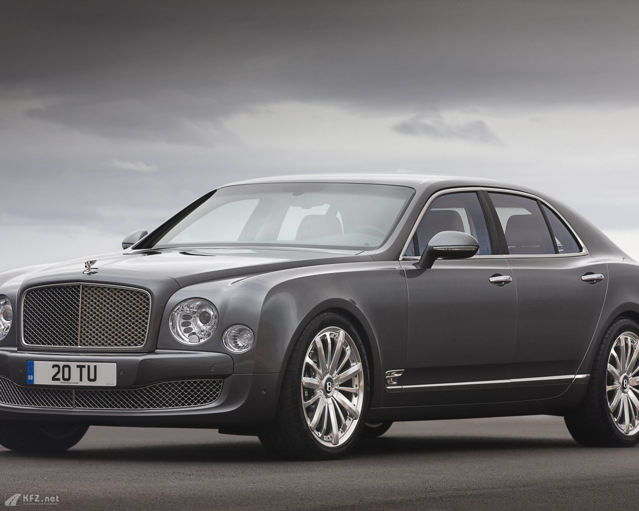 bentley-mulsanne-1280x1024-20
