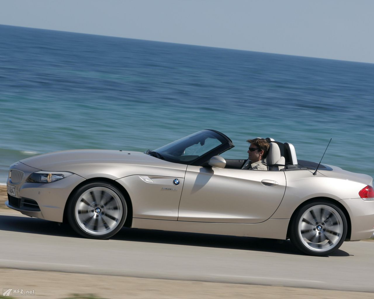 Bmw Z4 With Hardtop Hardtop Roof On Bmw Z4 Roadster