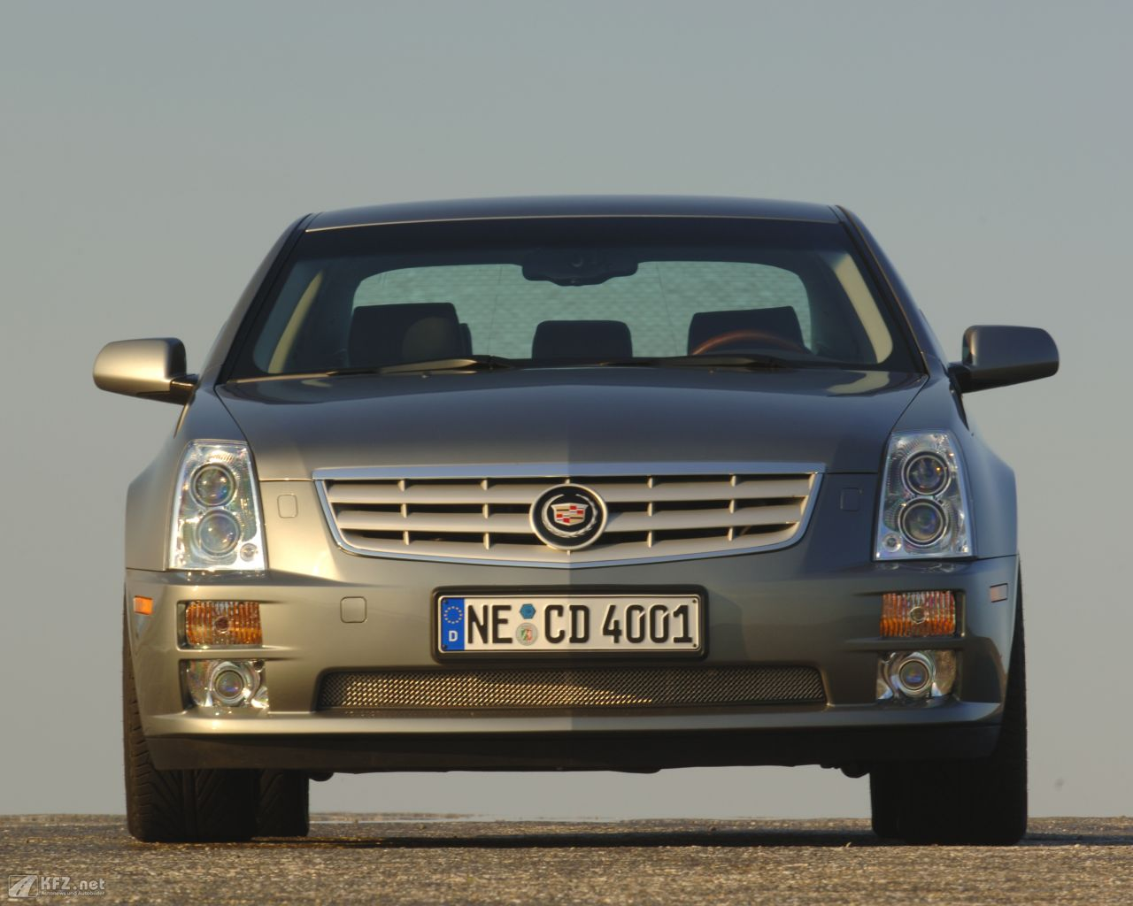cadillac-sts-1280x1024-1