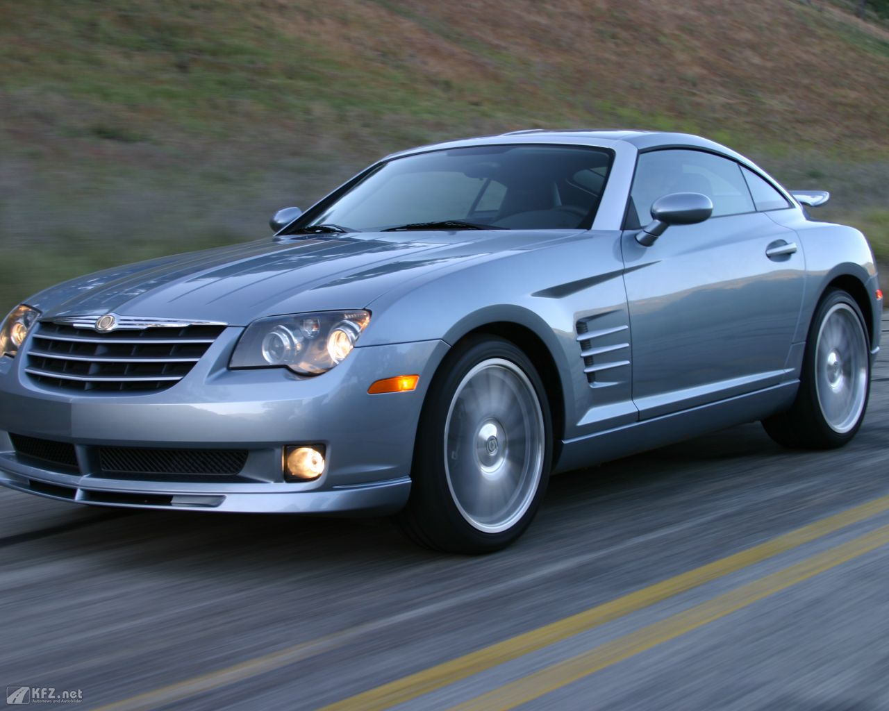 chrysler-crossfire-1280x1024-11
