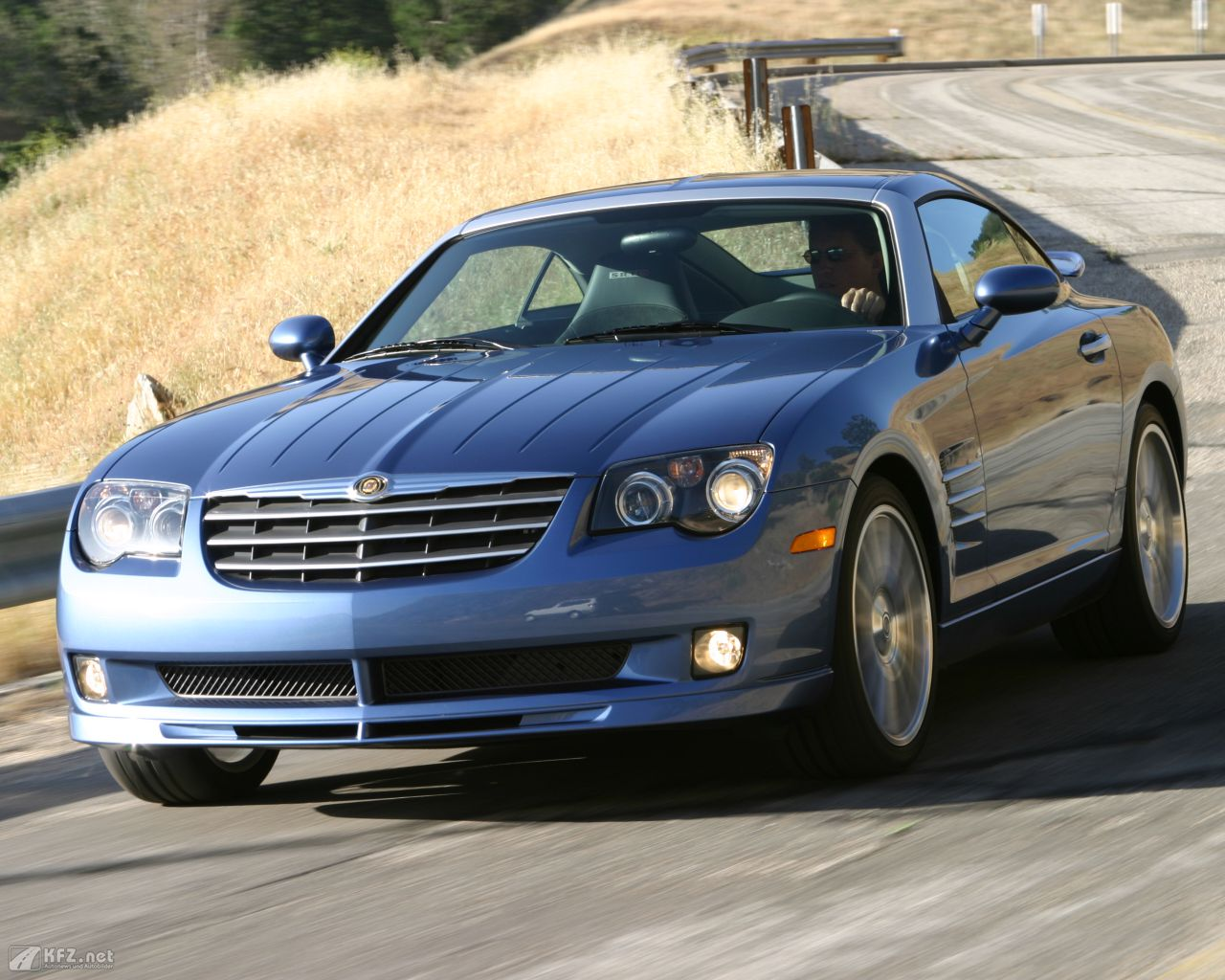 chrysler-crossfire-1280x1024-16