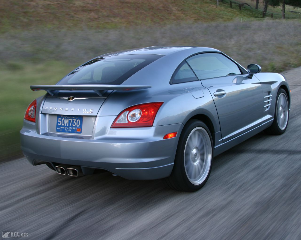 chrysler-crossfire-1280x1024-17