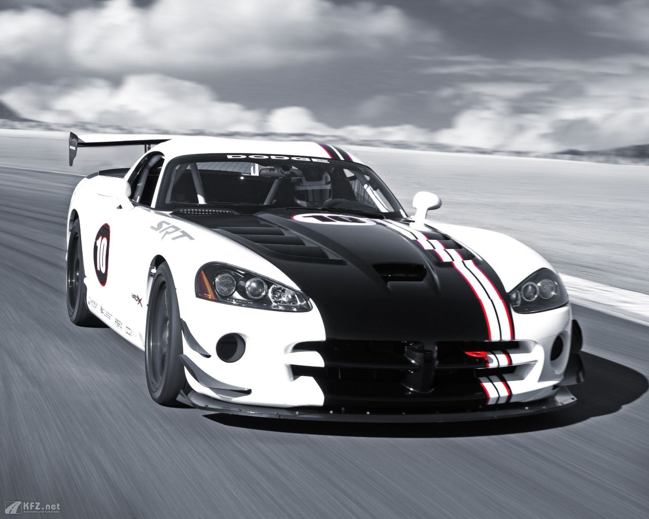 chrysler-dodge-viper-1280x1024-12
