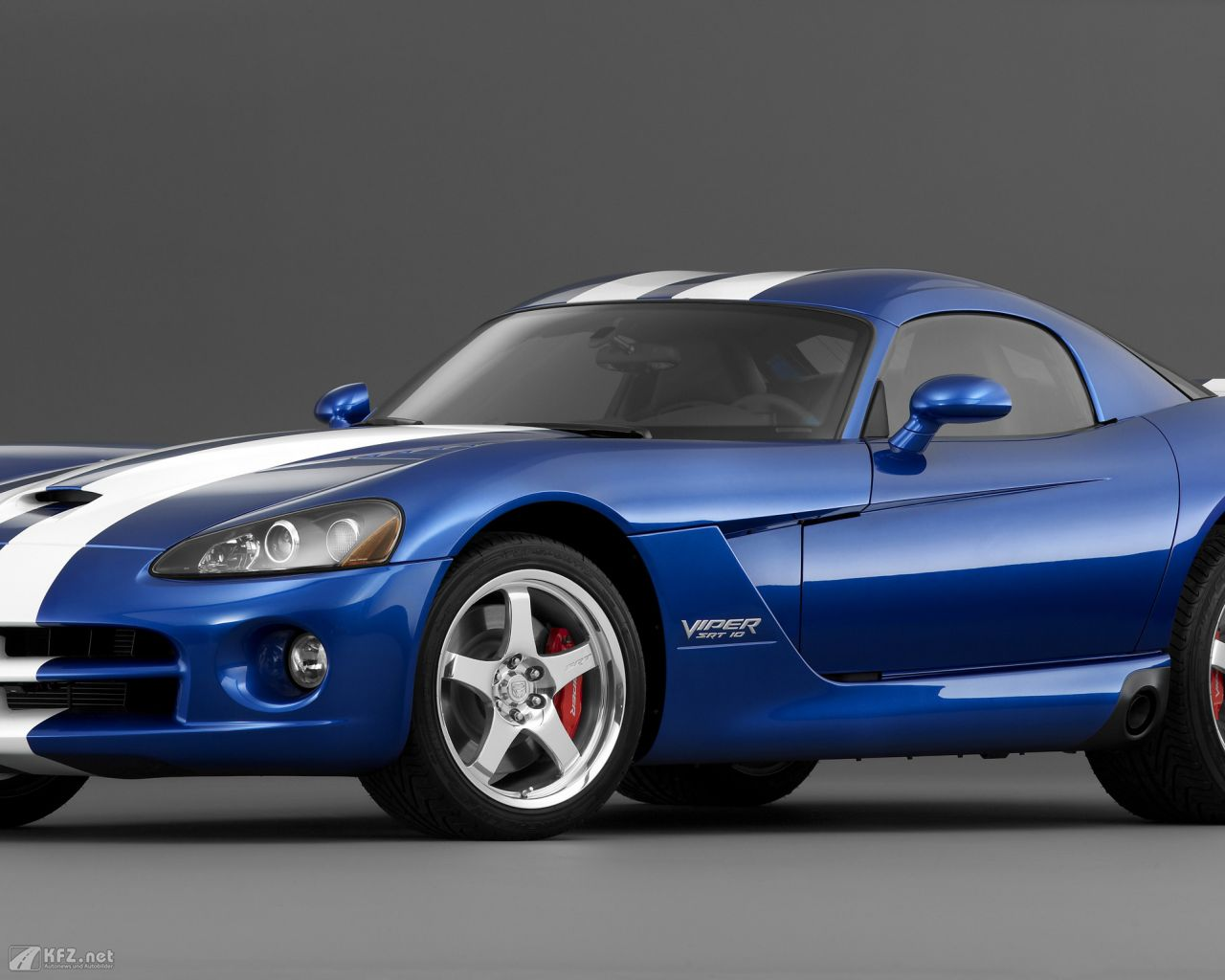 chrysler-dodge-viper-1280x1024-5