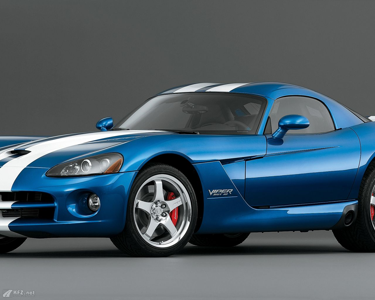 chrysler-dodge-viper-1280x1024-8