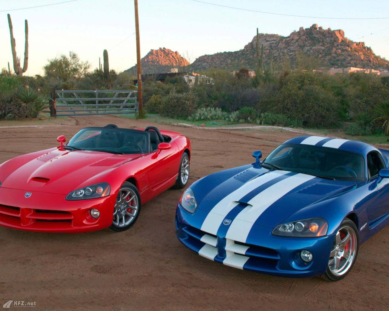 chrysler-dodge-viper-1280x1024-9