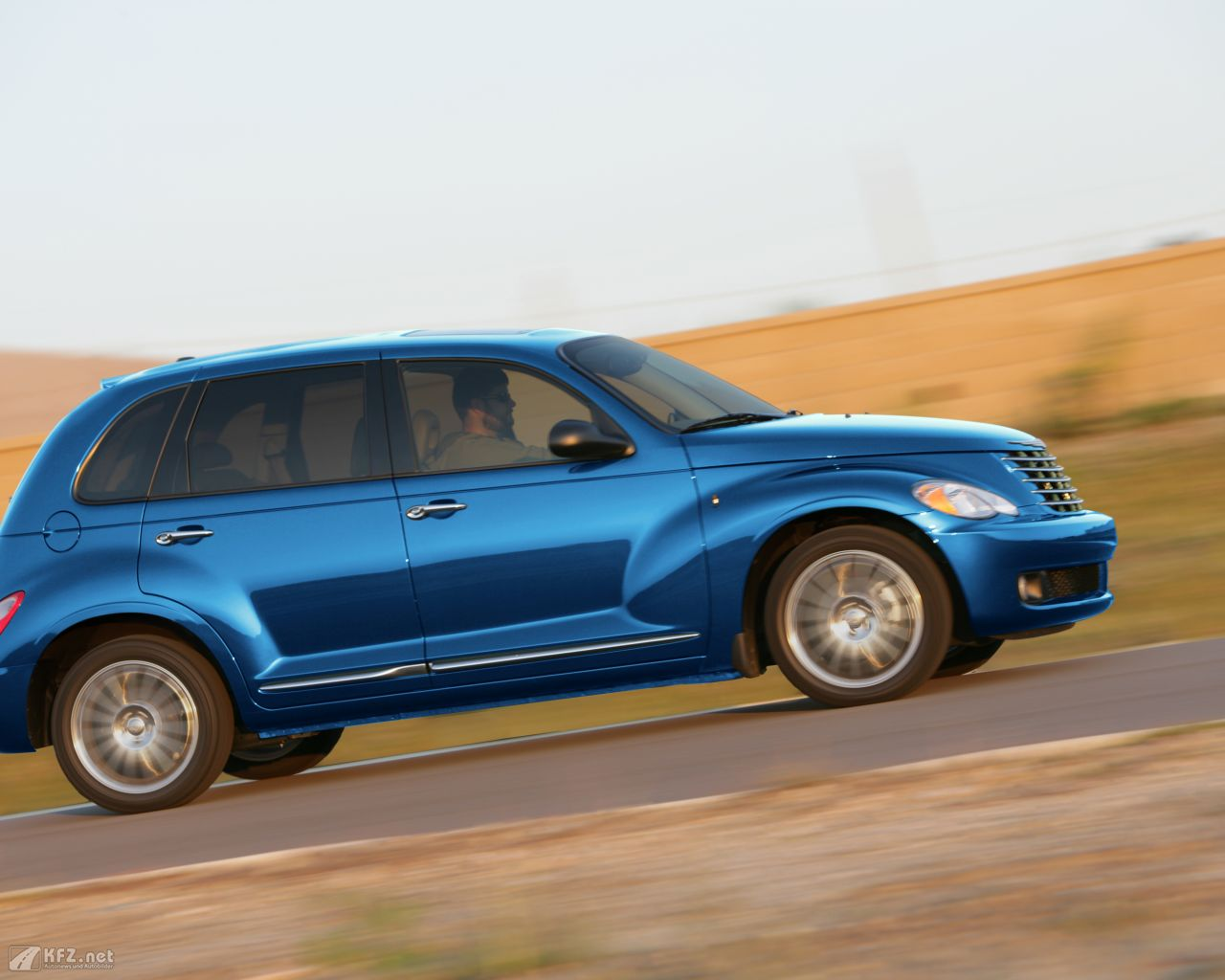 chrysler-pt-cruiser-1280x1024-16