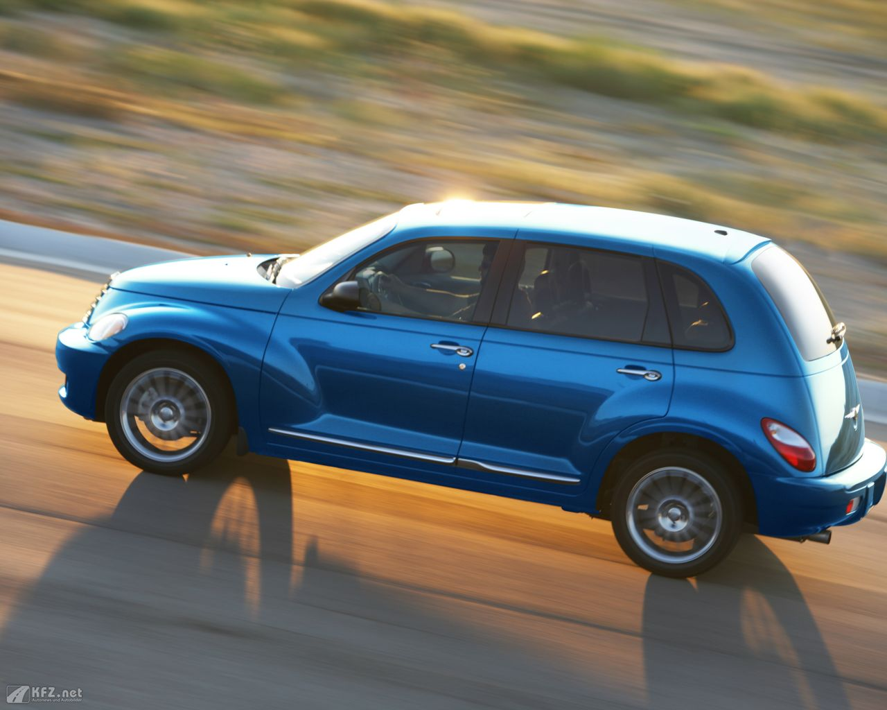 chrysler-pt-cruiser-1280x1024-17