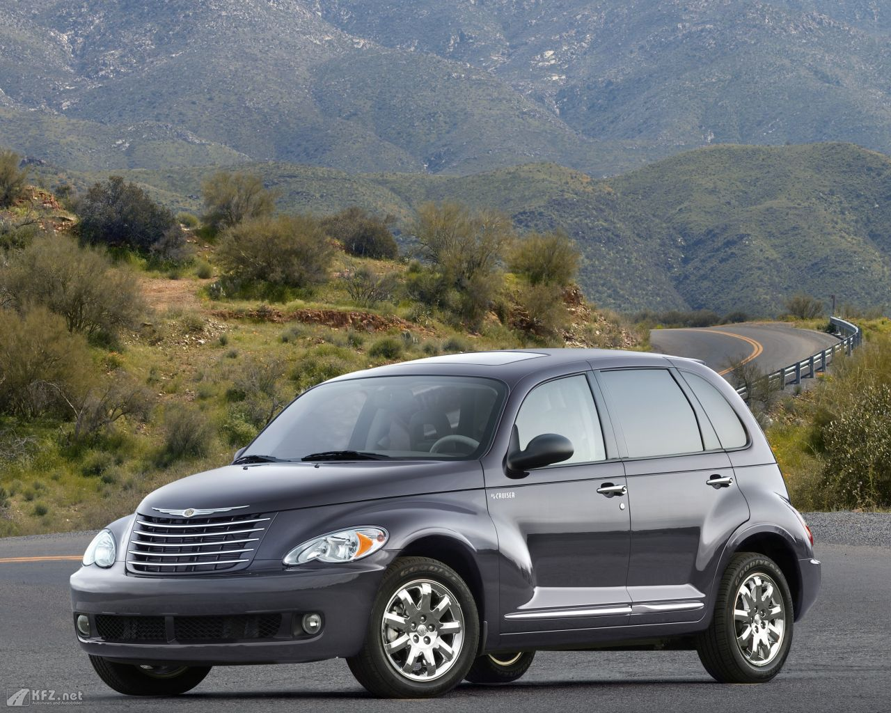 chrysler-pt-cruiser-1280x1024-2