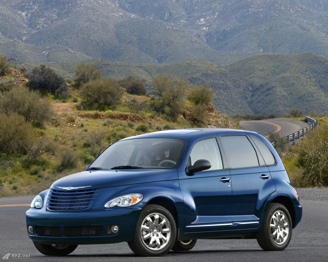 chrysler-pt-cruiser-1280x1024-4