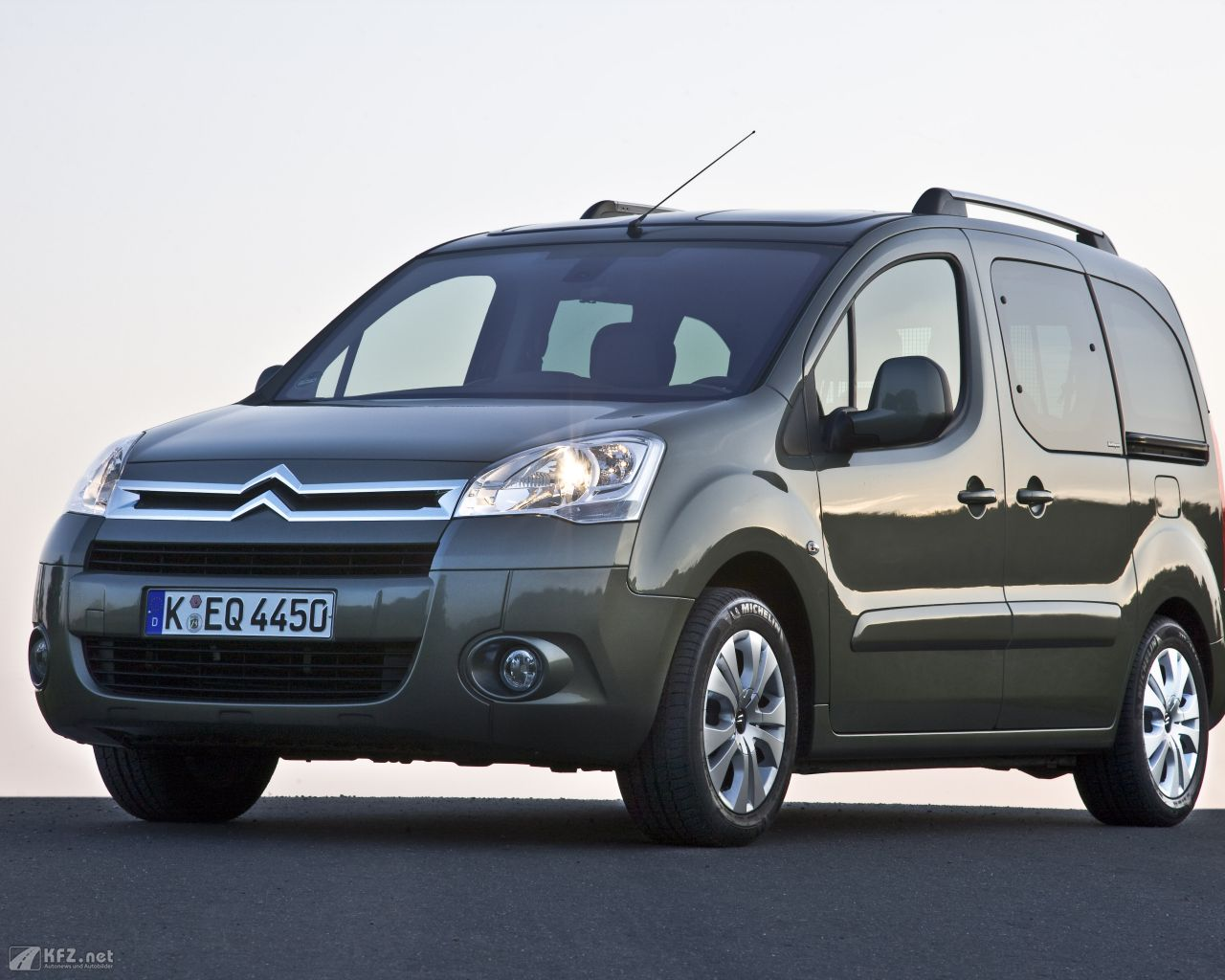 citroen-berlingo-1280x1024-110