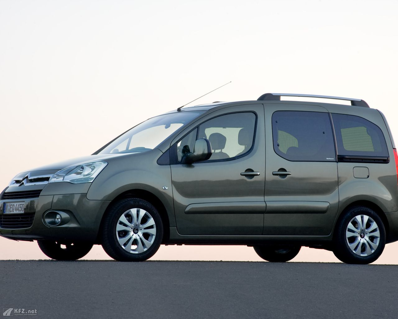 citroen-berlingo-1280x1024-161