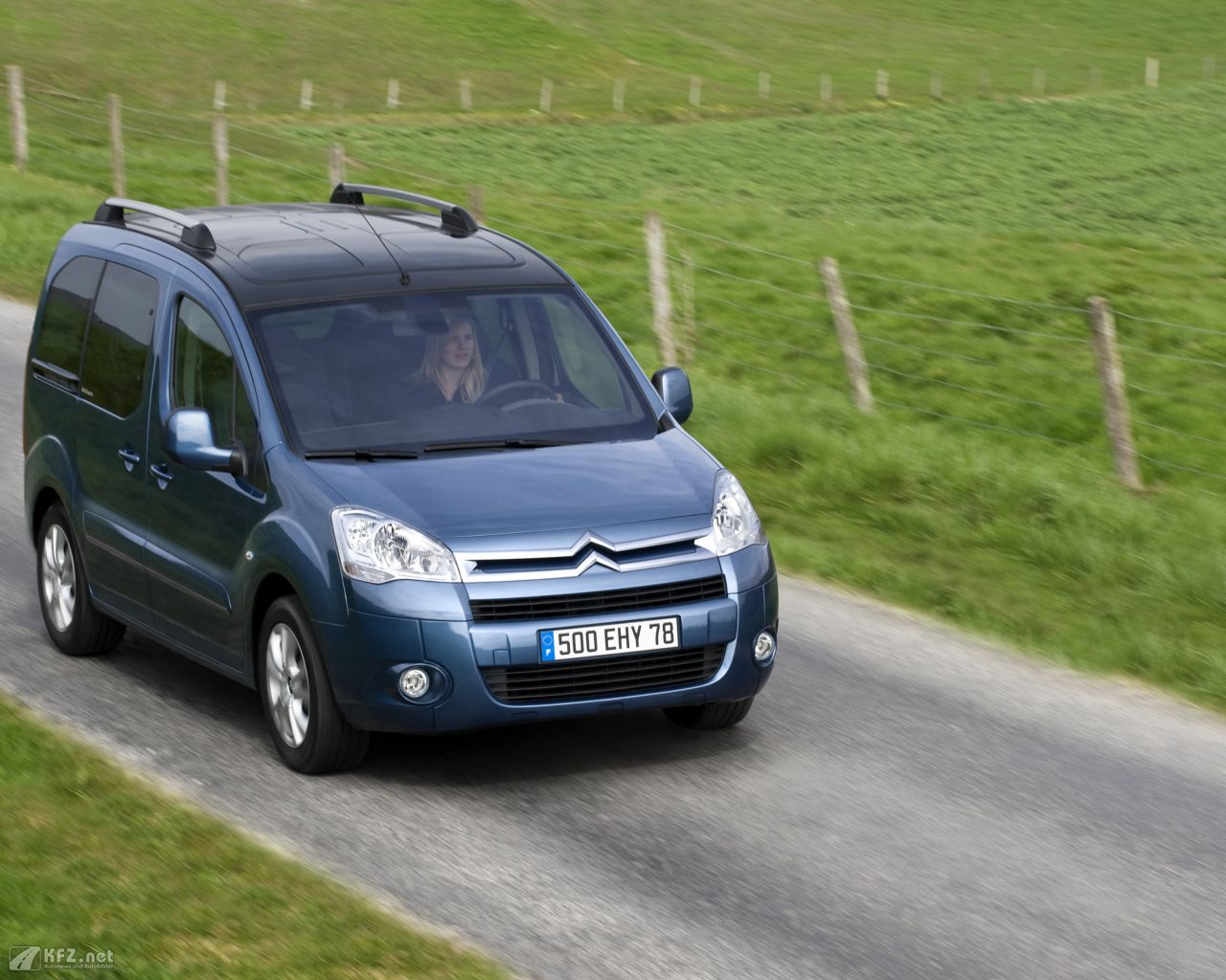 citroen-berlingo-1280x1024-61