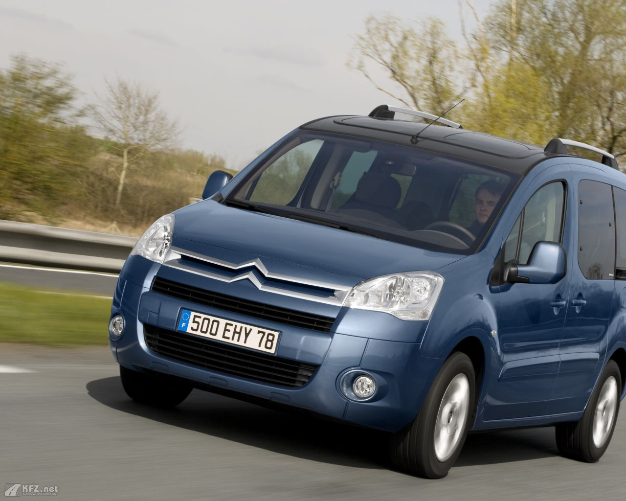 citroen-berlingo-1280x1024-81