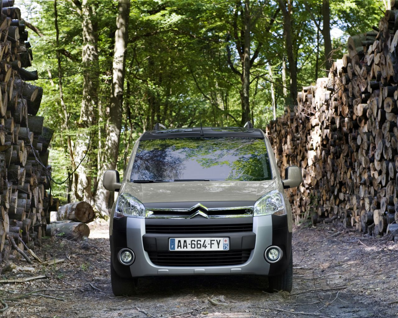 citroen-berlingo-1280x1024-91