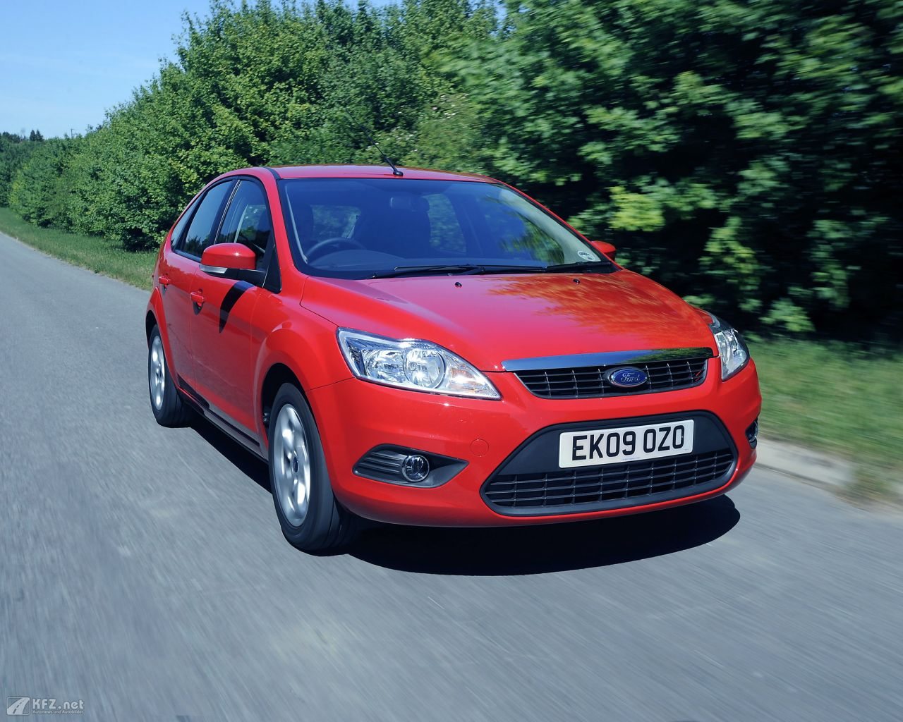 ford-focus-1280x1024-15