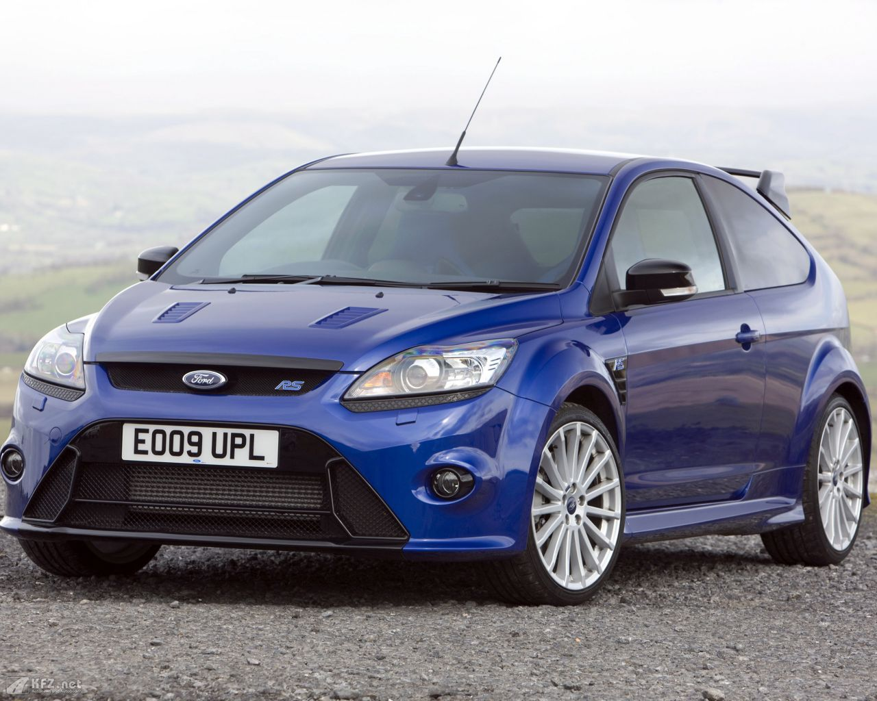 ford-focus-1280x1024-19