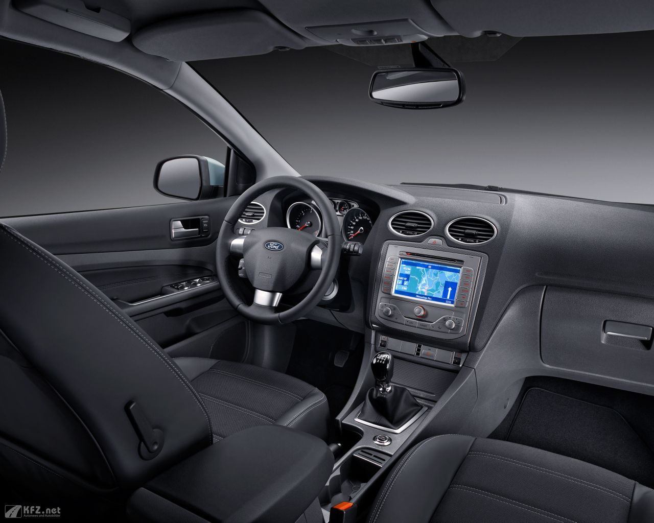 ford-focus-1280x1024-2