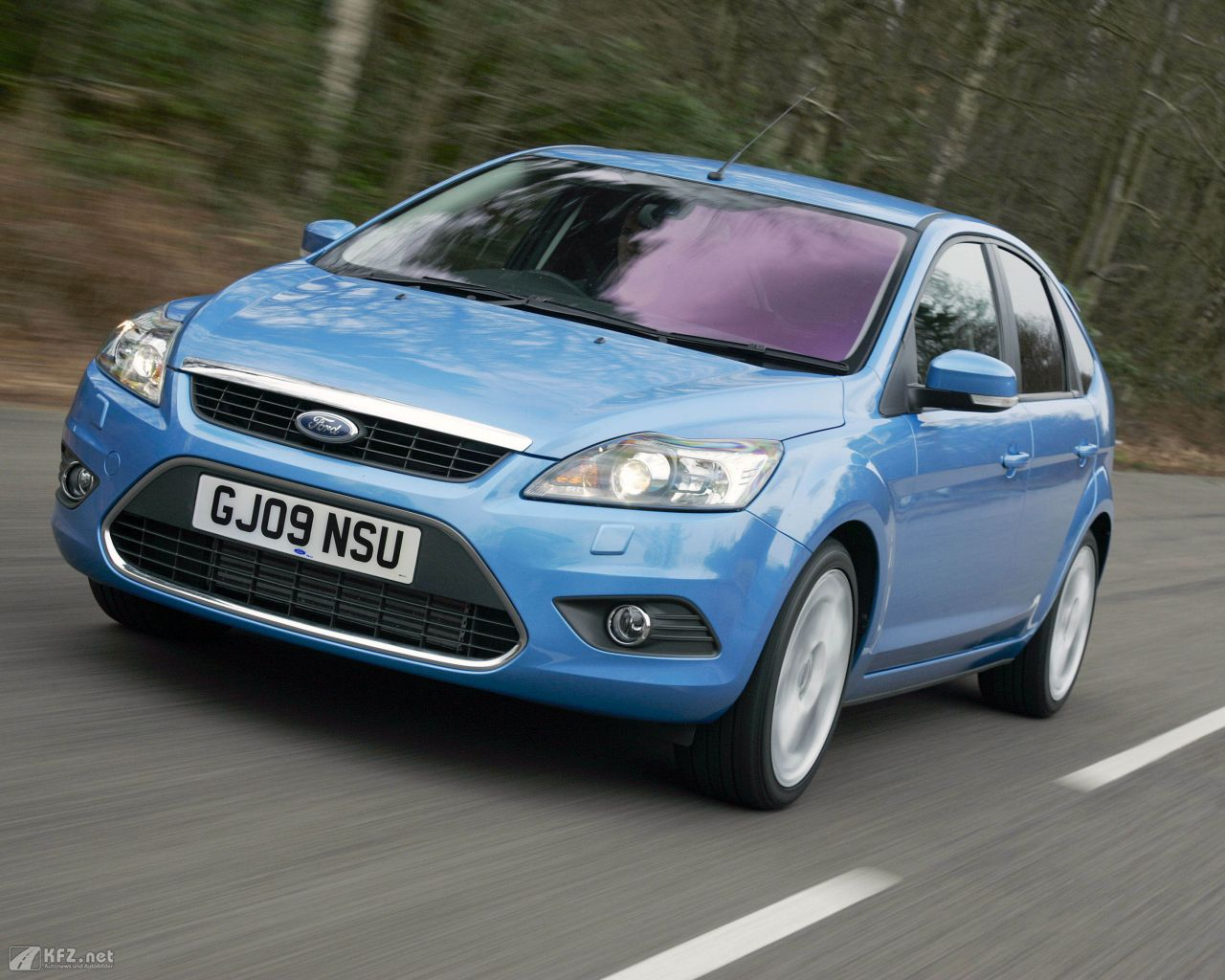 ford-focus-1280x1024-5
