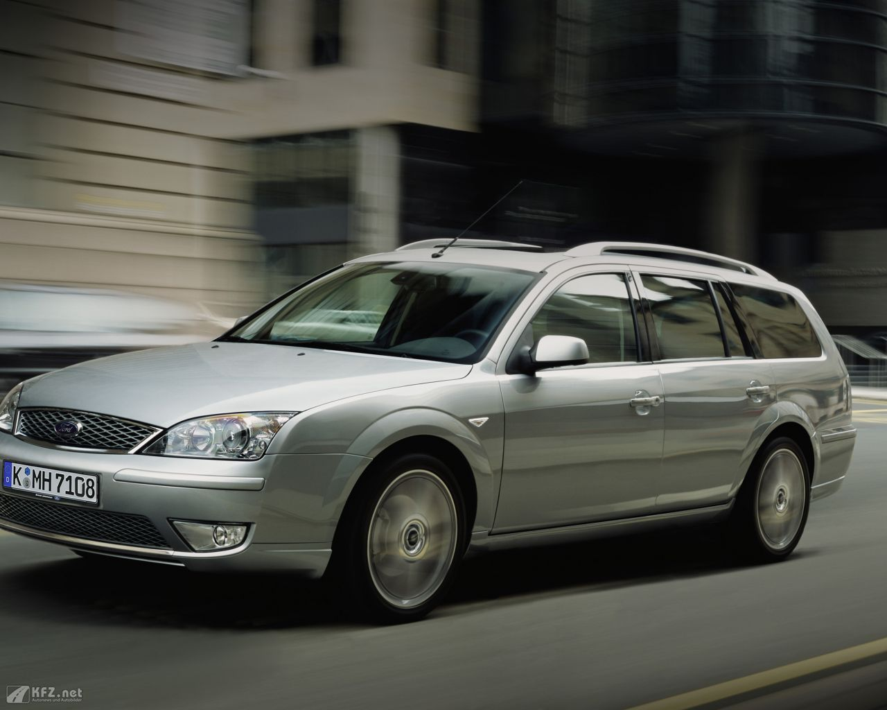 ford-mondeo-1280x1024-5