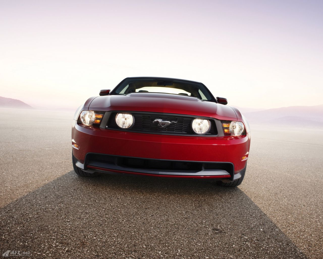 ford-mustang-1280x1024-11