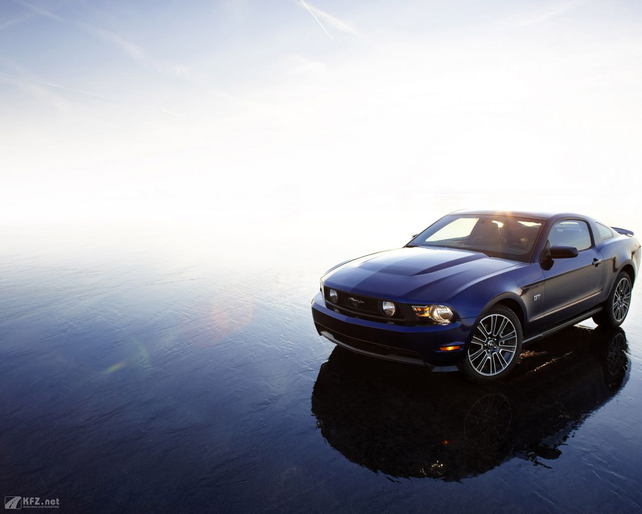 ford-mustang-1280x1024-5