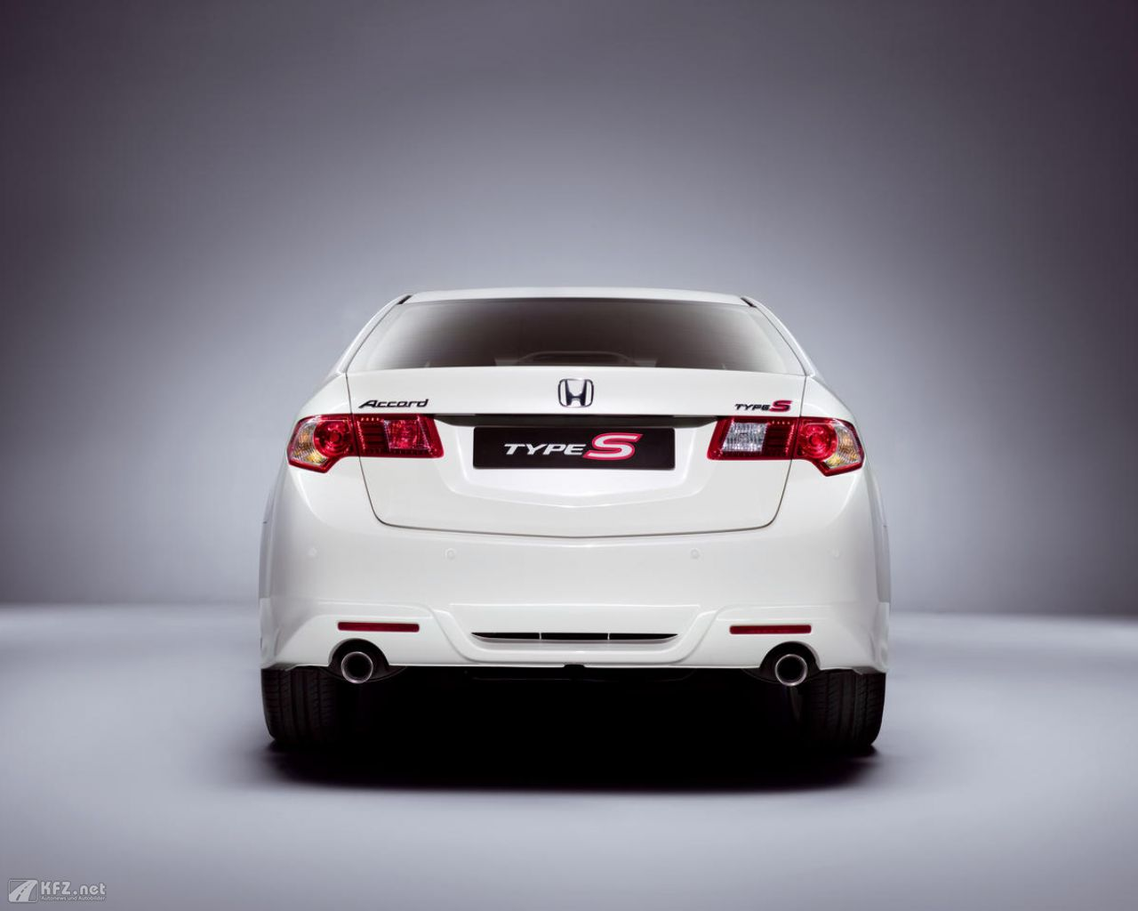 honda-accord-1280x1024-151