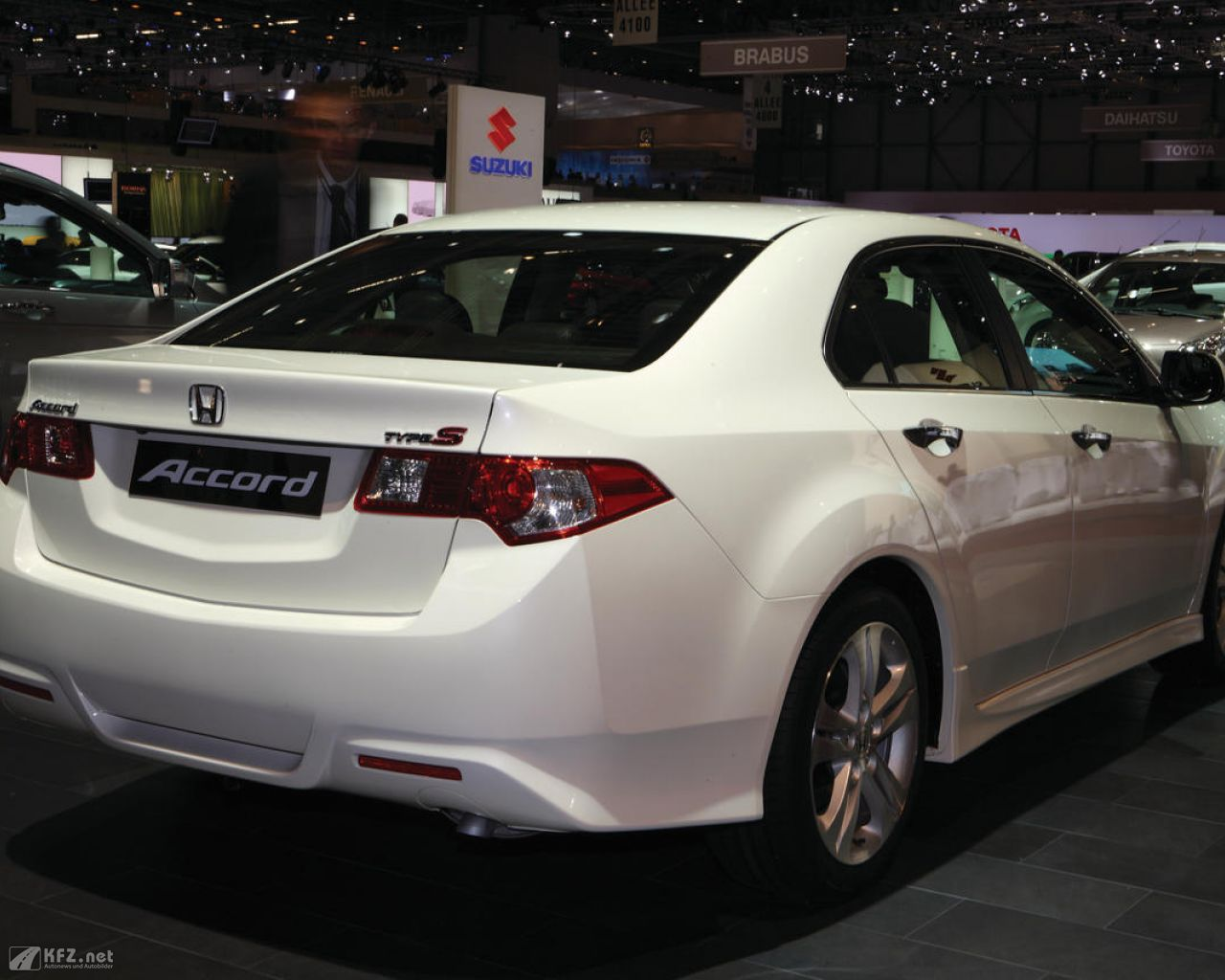 honda-accord-1280x1024-201