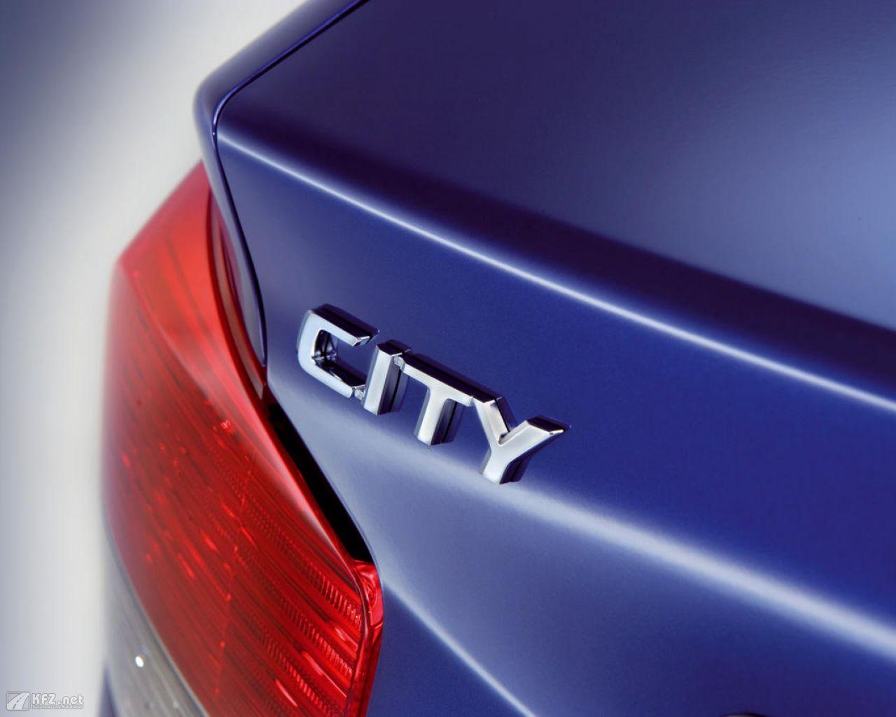 honda-city-1280x1024-141