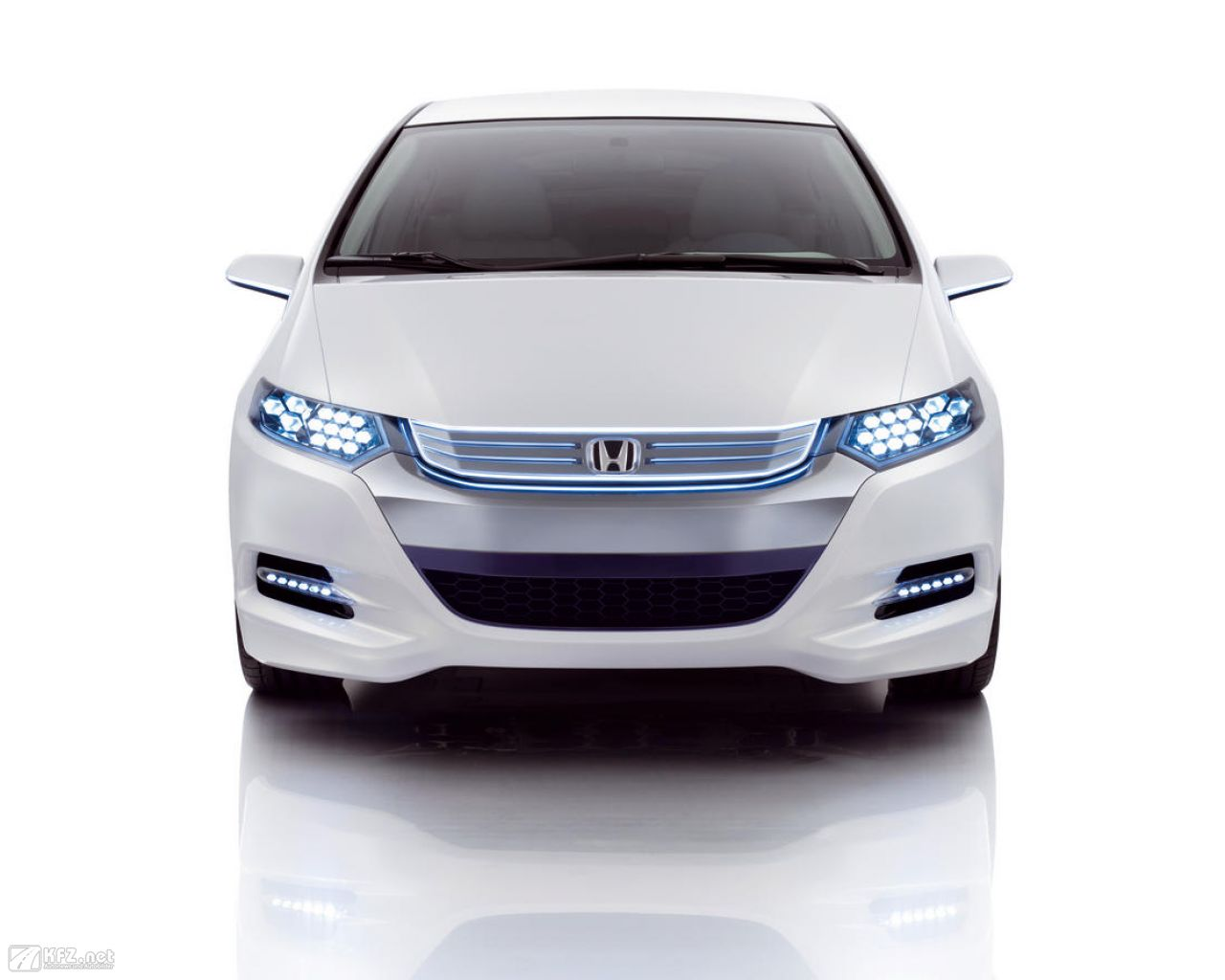 honda-insight-1280x1024-110