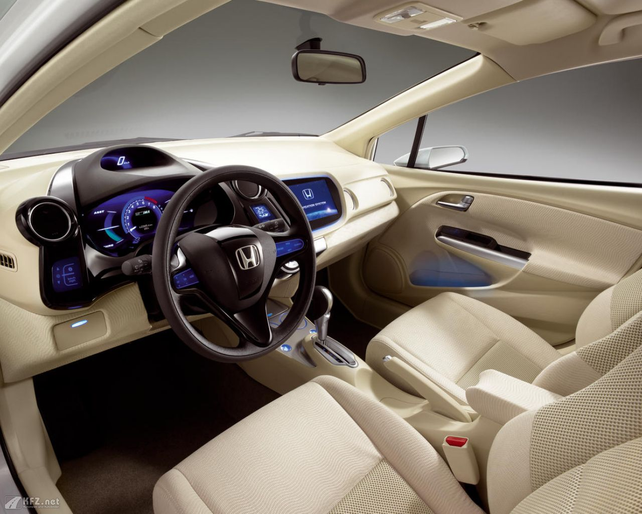 honda-insight-1280x1024-41