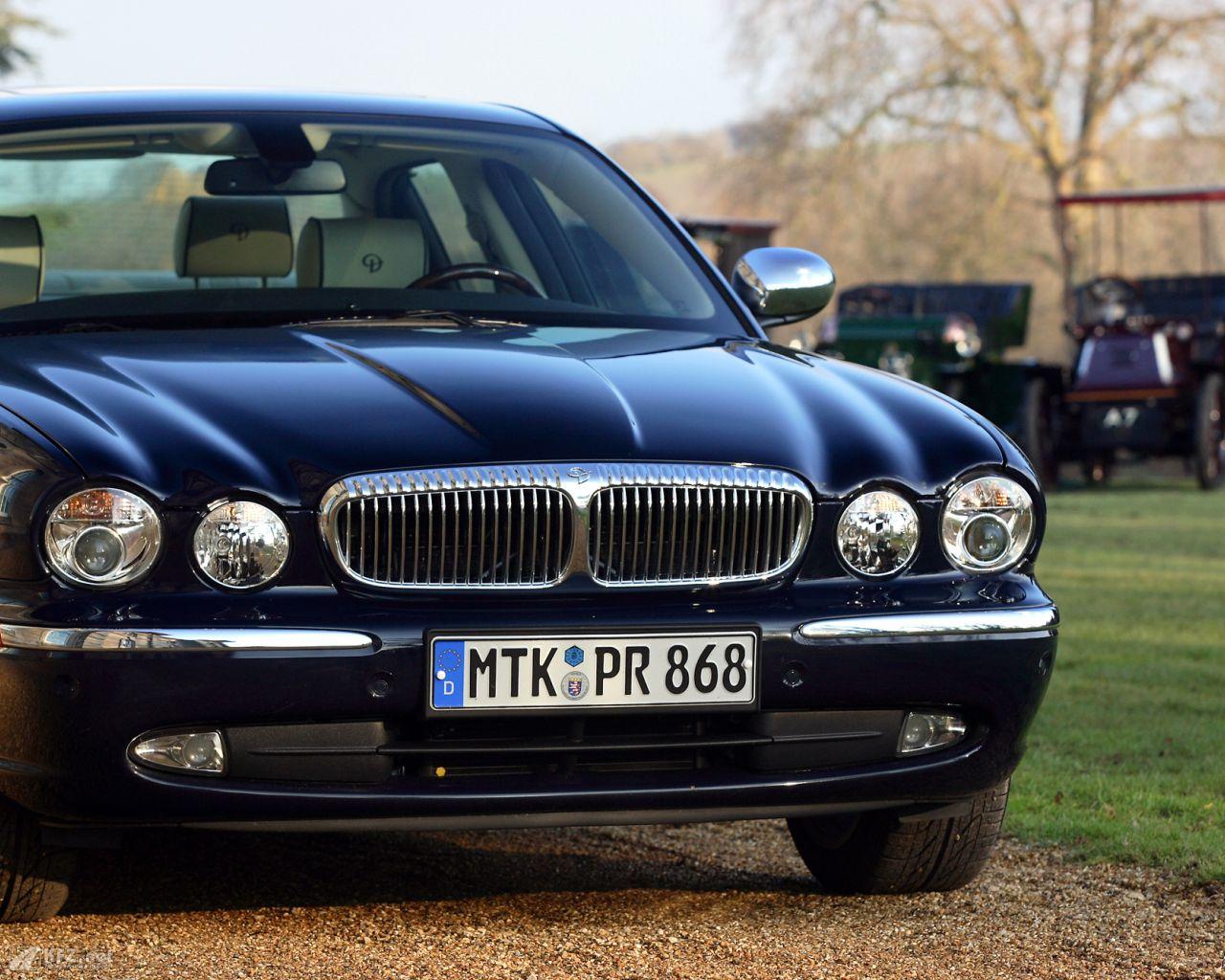 jaguar-daimler-1280x1024-111