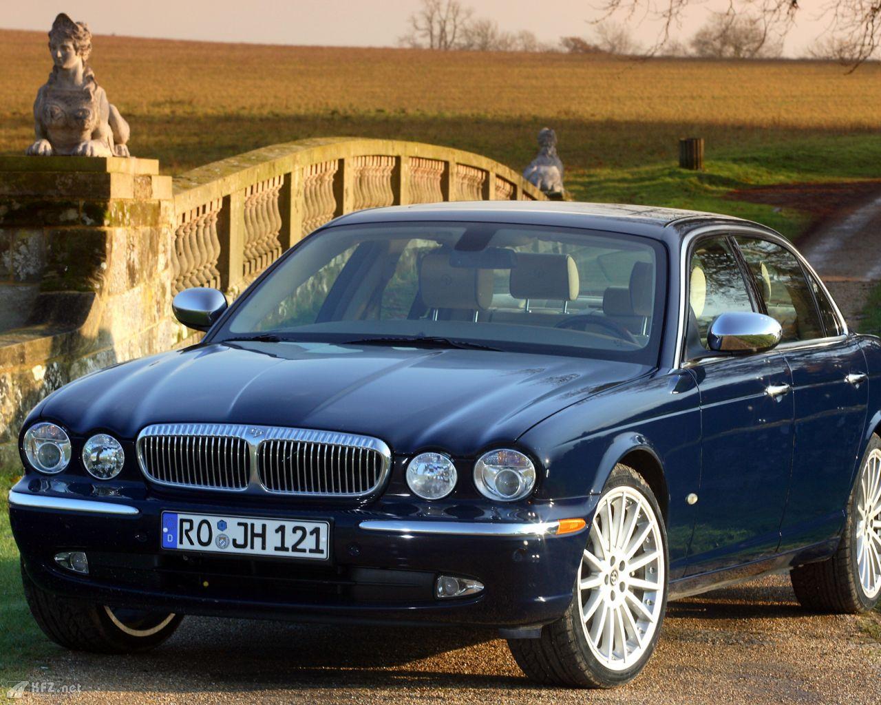 jaguar-daimler-1280x1024-171