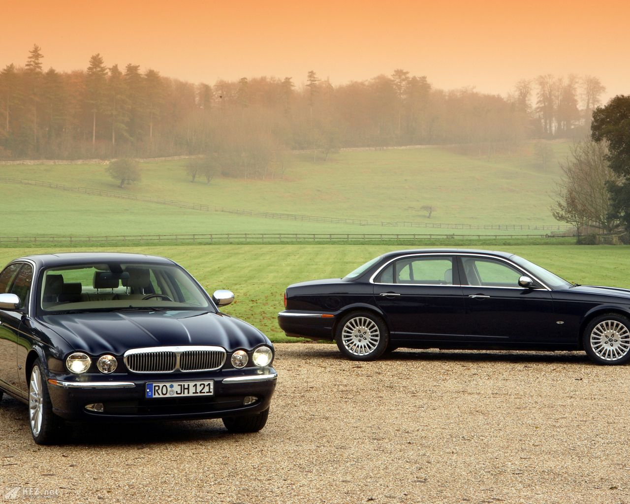 jaguar-daimler-1280x1024-91