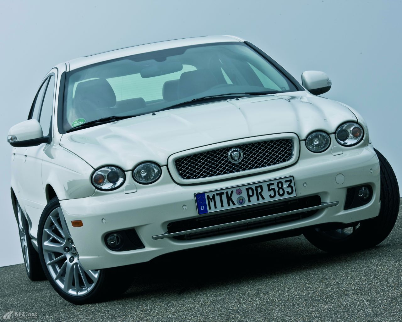 jaguar-x-type-1280x1024-71