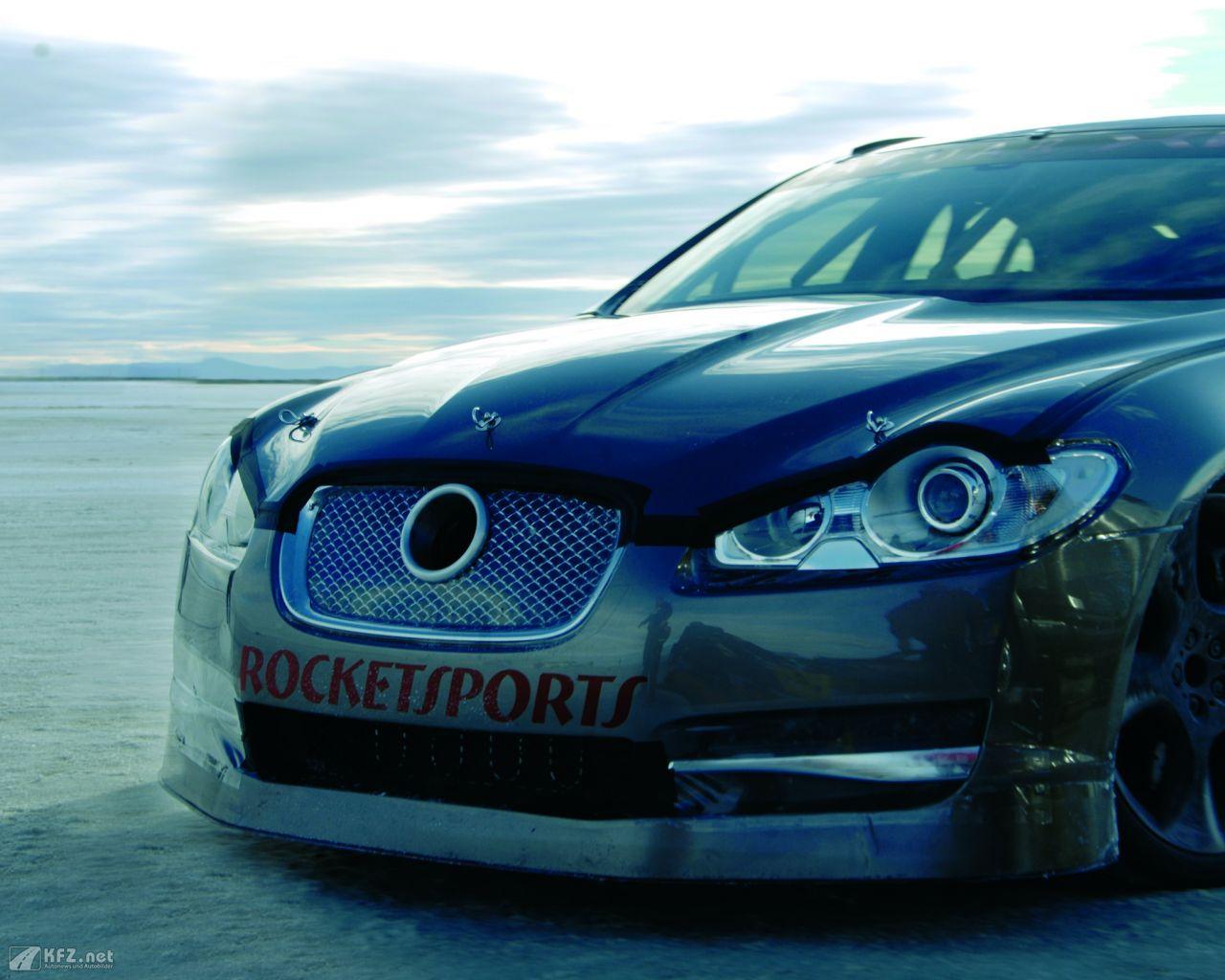 jaguar-xf-1280x1024-101