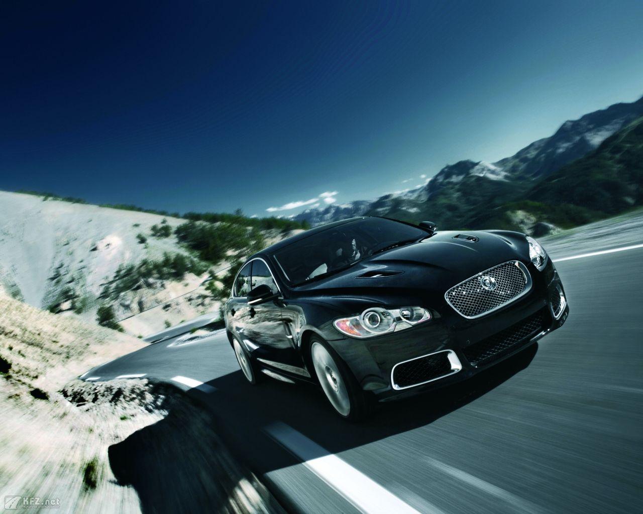 jaguar-xf-1280x1024-31