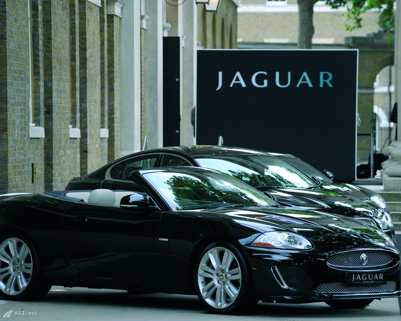 jaguar-xj-1280x1024-18