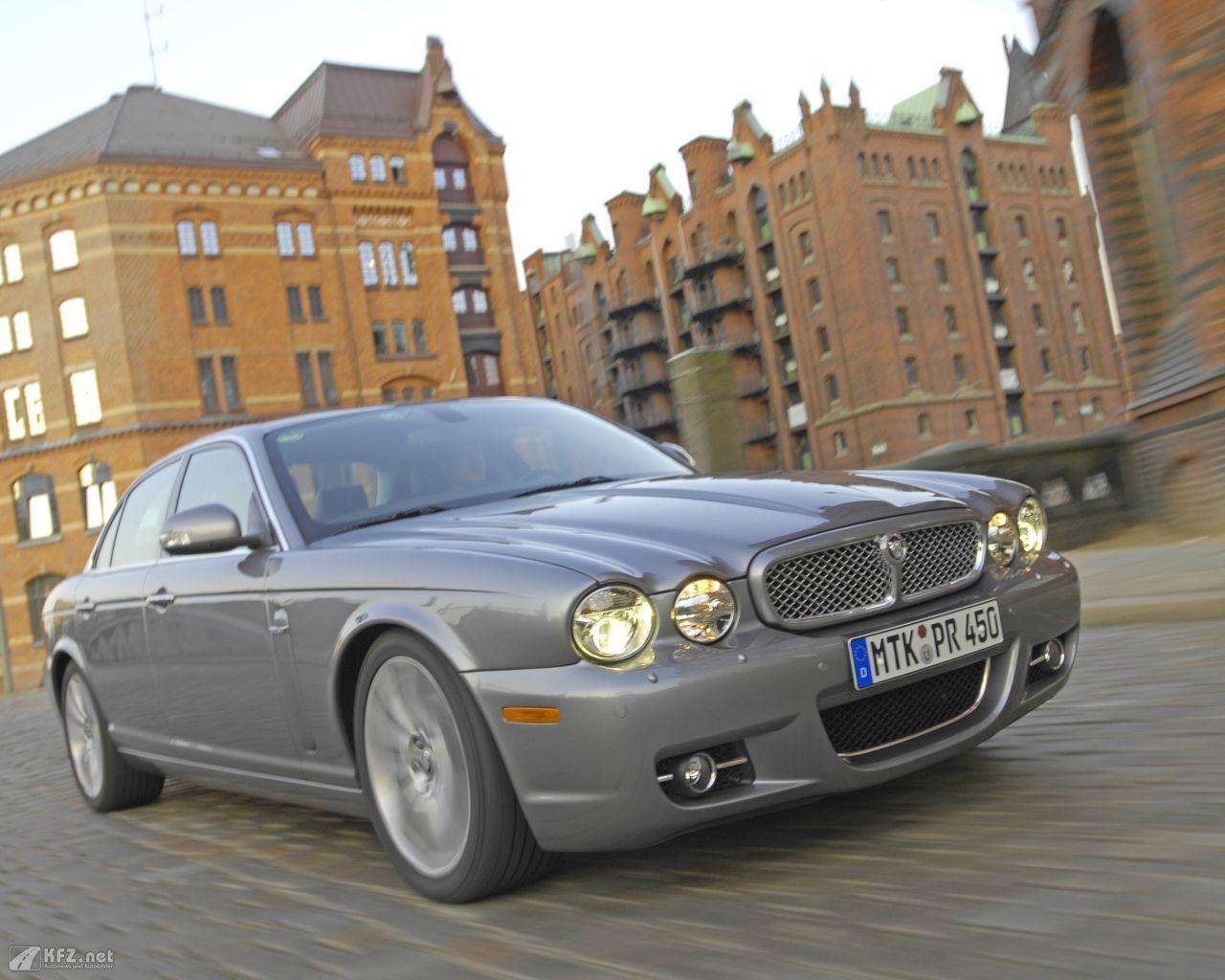 jaguar-xj-1280x1024-2