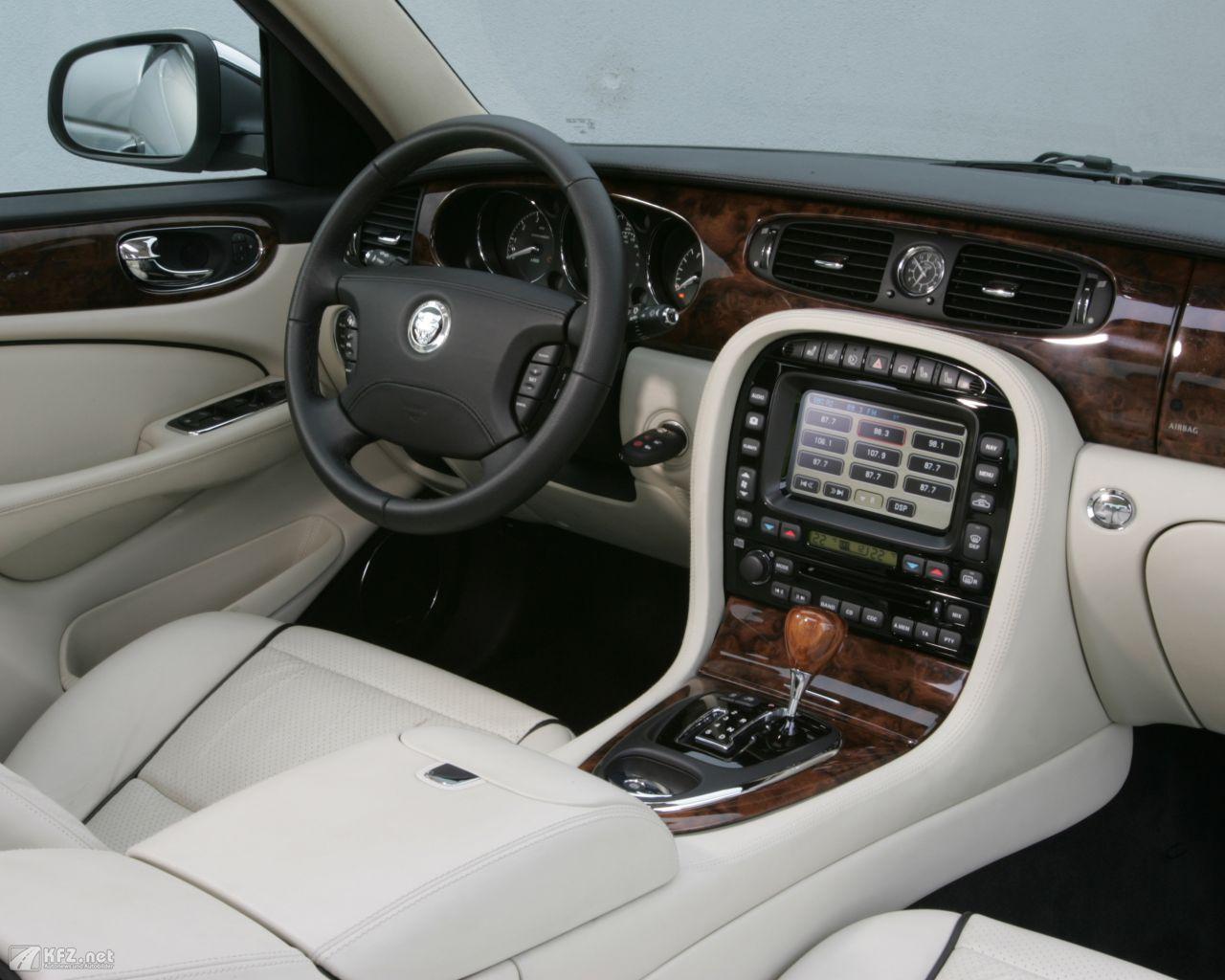 jaguar-xj-1280x1024-5