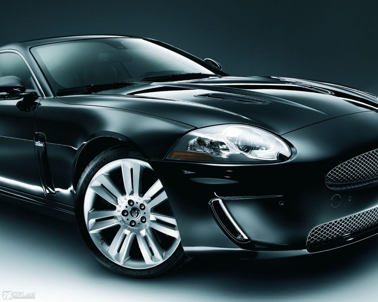 jaguar-xk8-1280x1024-10
