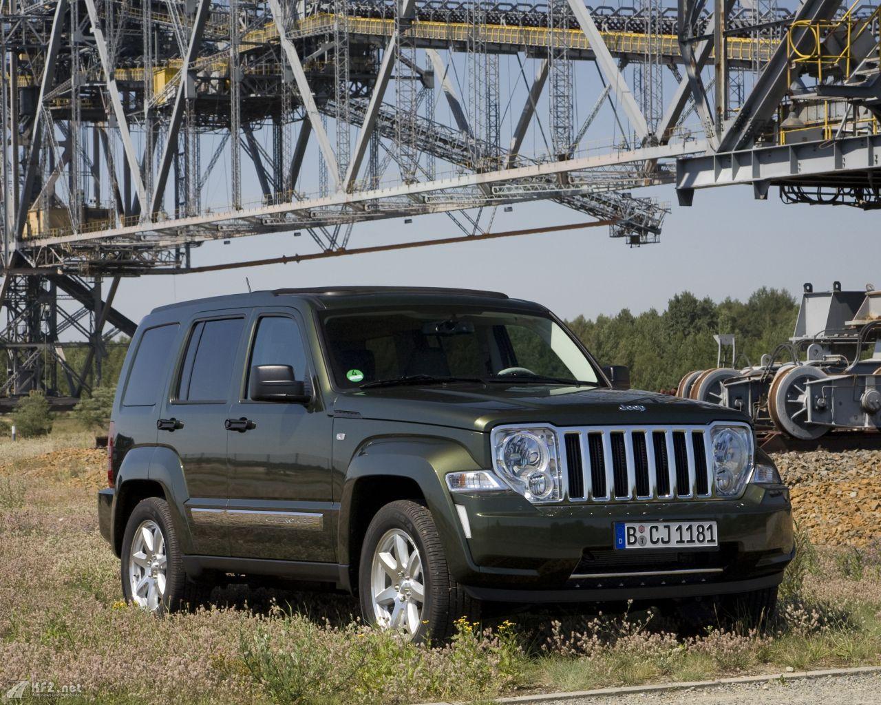 jeep-cherokee-1280x1024-10