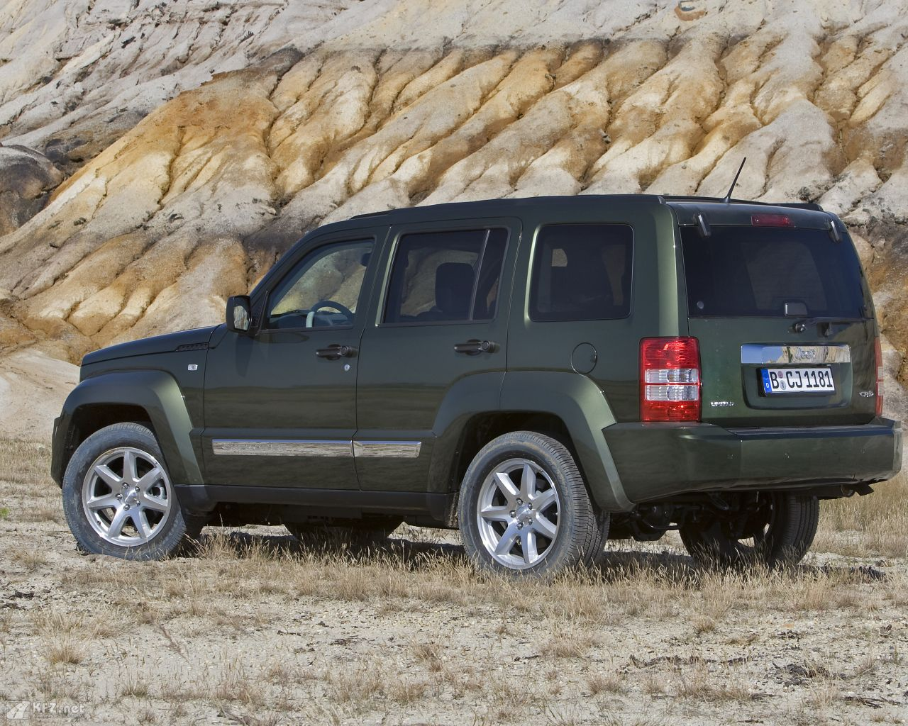 jeep-cherokee-1280x1024-14