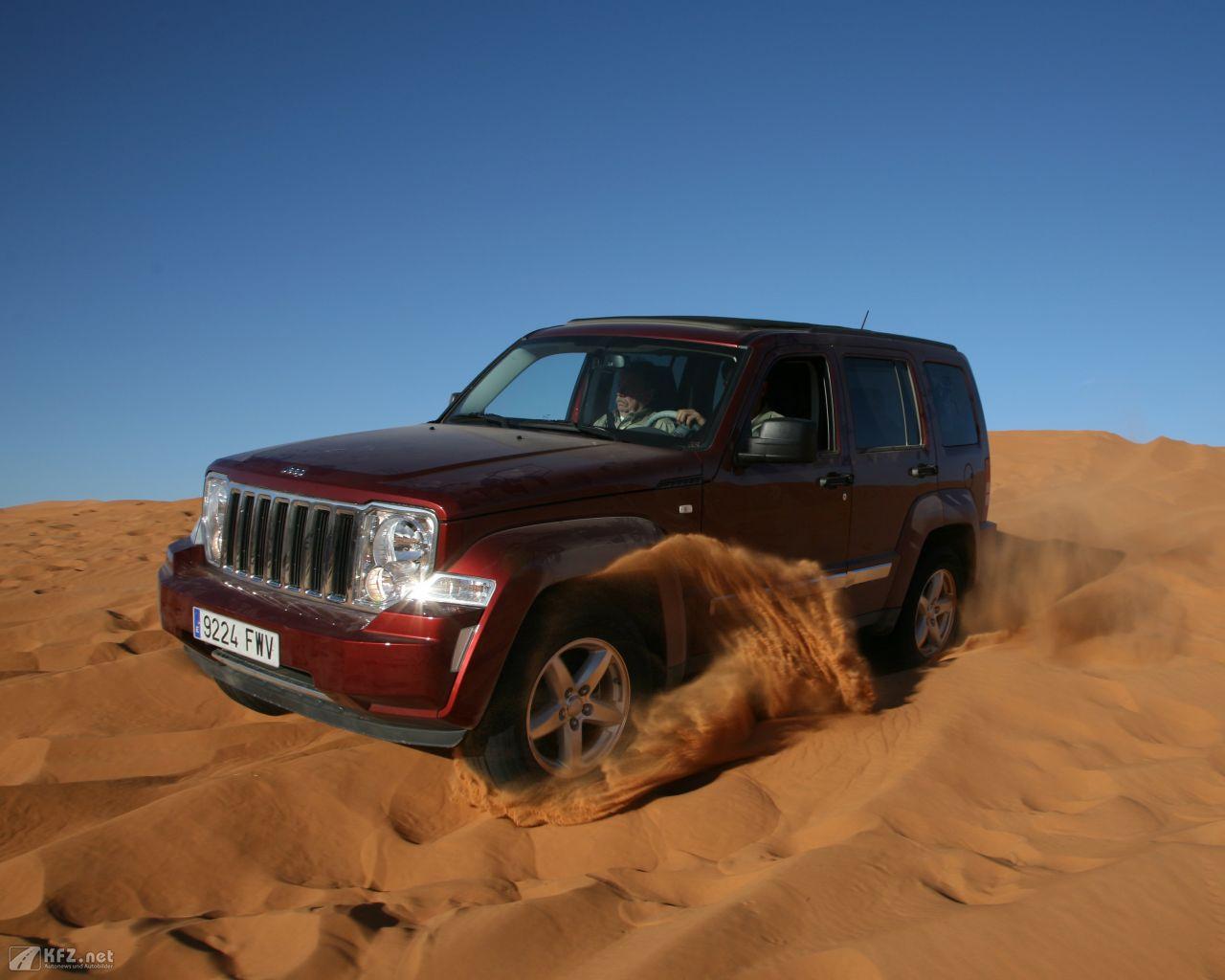 jeep-cherokee-1280x1024-5